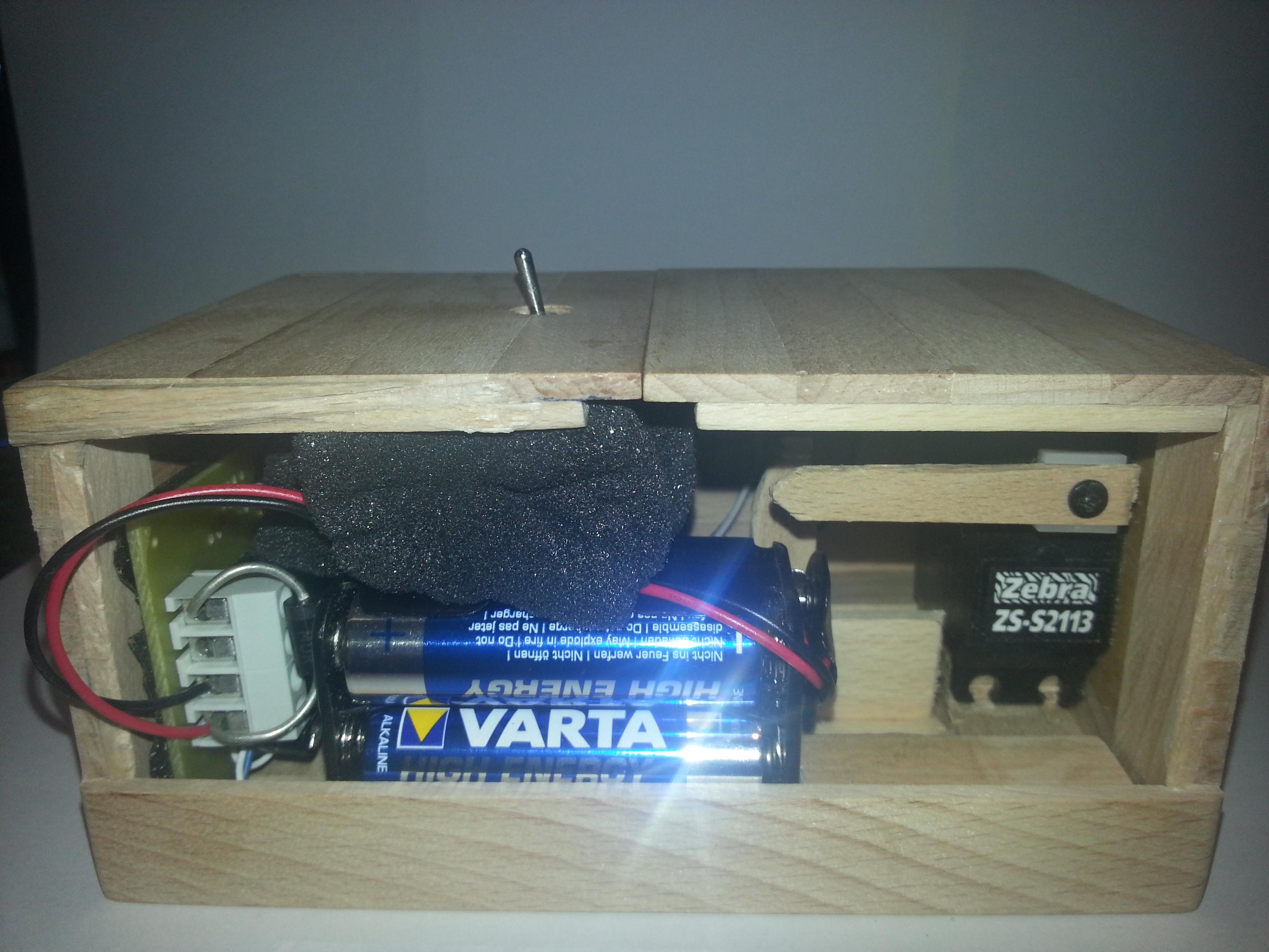 20130706_234213 Useless Box Wiring Diagram on useless box batteries, useless box wood, useless box parts, useless box arduino,